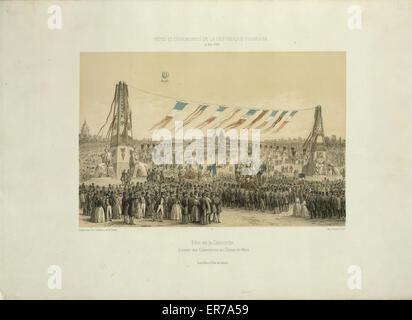 Fete de la Concorde, arrivee des corporations au Champ-de-Mars. Print shows a distant balloon ascending above the - Stock Photo