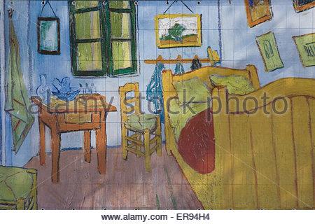 bedroom in arlesvincent van gogh, musée d'orsay, paris, france