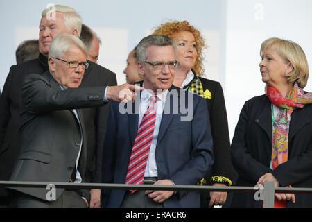 Berlin, Germany. 30th May, 2015. President of the German Football League (DFL), Reinhard Rauball (L-R), German Interior - Stock Photo
