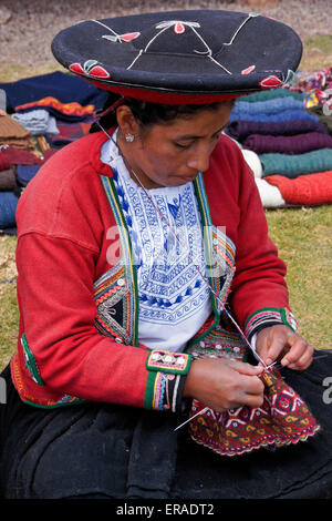 Quechua woman - Chinchero, Urubamba, PERU Stock Photo ...