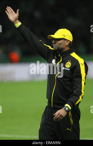 Berlin, Germany. 30th May, 2015. Borussia Dortmund coach Juergen Klopp greets the audience after the German Cup - Stock Photo