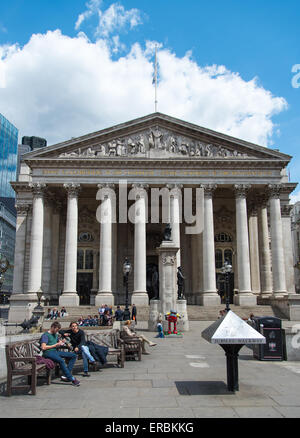 The Royal Exchange, between Threadneedle Street and Cornhill in the City of London. - Stock Photo