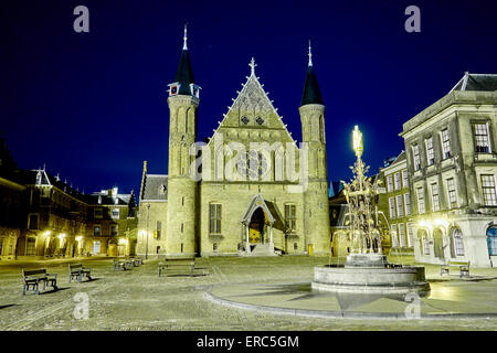 Het Binnenhof by night with the Ridderzaal in the center of The Hague by night. - Stock Photo