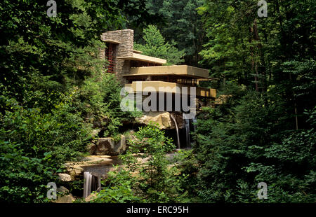 fallingwater frank lloyd wright designed home for the kaufmann family stock photo royalty free. Black Bedroom Furniture Sets. Home Design Ideas