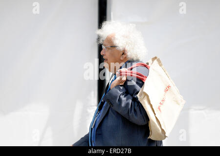 Lord Desai - Meghnad Jagdishchandra Desai, Baron Desai of St Clement Danes - carring a House of Lords bag, Westminster - Stock Photo