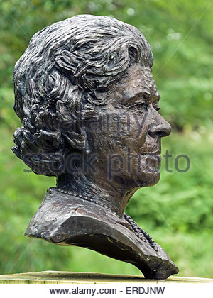 Bust sculpture of HM The Queen Elizabeth II by Angela Conner on display in Chatsworth Gardens, Derbyshire, England, - Stock Photo