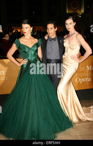 Model Crystal Renn, designer Zac Posen and Erin O'Connor attend the 2012 Metropolitan Opera Season opening night - Stock Photo