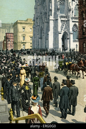 Fifth Avenue, New York, 1890s, near St Patrick's Cathedral- with passers-by strolling down the side walks. - Stock Photo