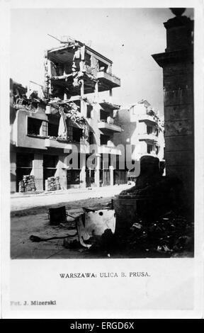 WWII aftermath: damage to Warsaw, Poland. Shows bomb damaged buildings in B. Prusa Street, Warsaw. - Stock Photo