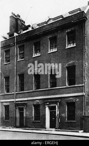 Downing Street, London, UK. 1920s. Official residence of the British Prime Minister. - Stock Photo