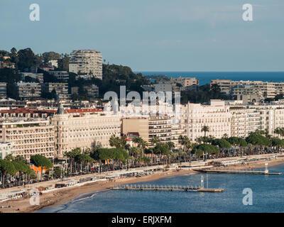 General view of Cannes Boulevard de la Croisette