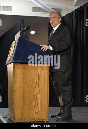 Seaford, New York, USA. 3rd June, 2015. Nassau County Executive ED MANGANO, a Republican, speaks at an event in - Stock Photo