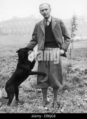 The Prime Minister Sir Alec Douglas Home seen here at his mansion in Coldstream, Berwickshire with his favourite - Stock Photo