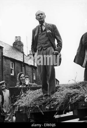 Sir Alec Douglas Home came a by-election cropper on Tuesday 29th October 1963. Sir Alec, Prime Minister and the - Stock Photo
