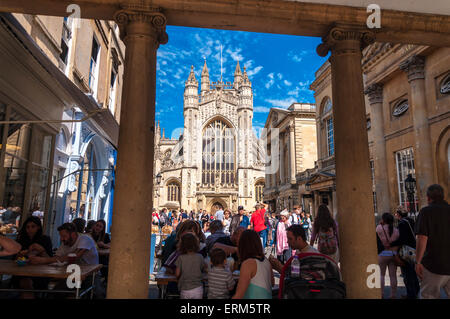 Bath Somerset. 4th June, 2015. UK Weather: People enjoying the summer day by the Abbey in the spa town. Credit: - Stock Photo