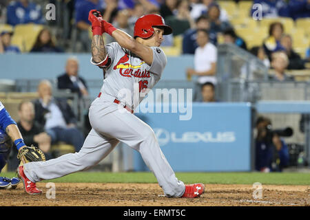 Los Angeles, CA, USA. 4th June, 2015. St. Louis Cardinals second baseman Kolten Wong #16 gets a hit in the game - Stock Photo