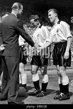 Birmingham City team meet Prince Philip, Duke of Edinburgh, before kick off in the 1956 FA Cup Final at Wembley. - Stock Photo