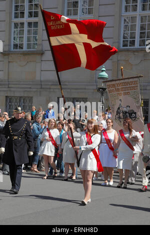Copenhagen, Denmark, 5th June, 2015. The commemorative parade on Constitution Day in celebration of the 100th anniversary - Stock Photo