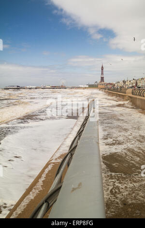 Blackpool, UK. 6th June 2015. UK weather news. A breezy, cool and sunny day in Blackpool Lancashire. The Irish sea - Stock Photo