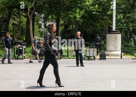 28 May 2015, Alicia Keys shows up to shoot a commercial, advertisement, in Washington Park, New York, USA - Stock Photo