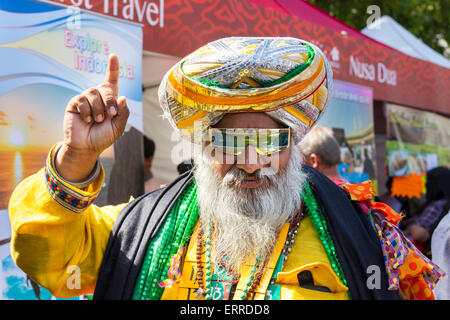 Trafalgar Square, London, Uk. 7th June 2015. A colourful spectator at the 'Hello Indonesia' festivities on Trafalgar - Stock Photo