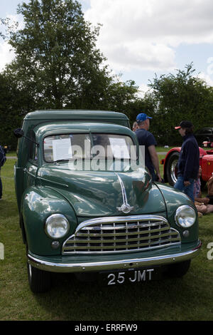 Bromley, UK. 7th June, 2015. Morris light van on dispaly at the Bromley Pageant of Motoring one day classic car - Stock Photo