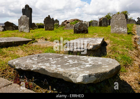 17th and 18th century tombs and headstones in tydavnet old cemetery county monaghan republic of ireland - Stock Photo