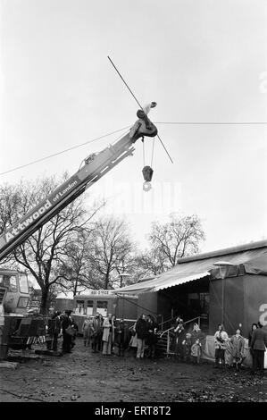 Karl Wallenda, Tightrope Walker, crosses over Europe's largest circus tent wire, Mary Chipperfield's, currently - Stock Photo