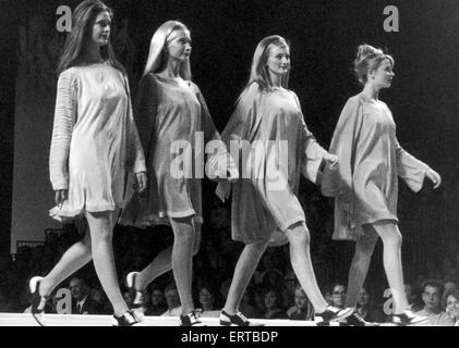 Clothes Show Live, girls in night-attire fashion, Birmingham, 6th December 1990 - Stock Photo