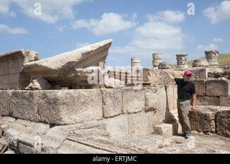 Professor J. Andrew Overman from Macalester College at the Omrit historic site, Israel - Stock Photo