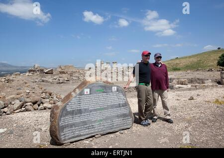 Professor J. Andrew Overman from Macalester College and Harry Lerner at the Omrit historic site, Israel - Stock Photo