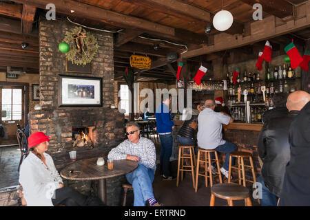 Inside Lafitte's Blacksmith Shop Bar on Bourbon Street, French Quarter, New Orleans, Louisiana, USA - Stock Photo