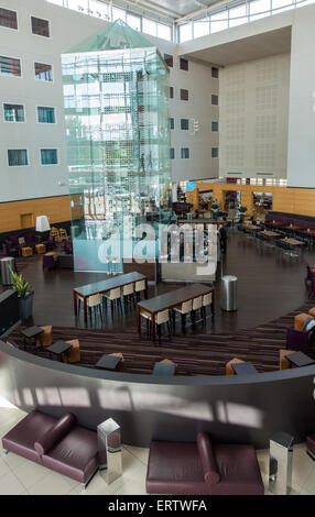 Radisson Blu Hotel reception area, Stansted Airport, London - Stock Photo