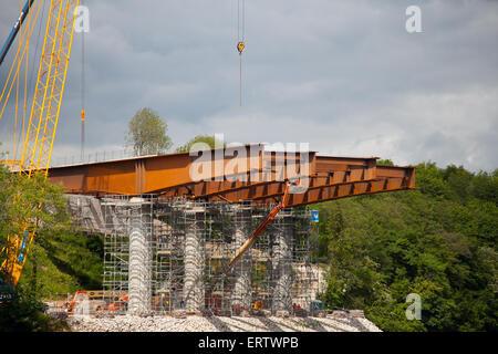 Lancaster, Lancashire, UK, 8th June, 2015. 'Spanning the Lune'  Heysham to M6 Link Road Bridge Works.  Spans & Stanchions - Stock Photo