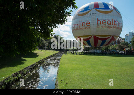 Bournemouth, UK. 9th June, 2015. UK Weather: Sunny day in Bournemouth Credit:  Paul Chambers/Alamy Live News - Stock Photo