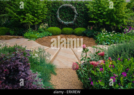 2015 RHS Chelsea Flower Show, The Time In Between by Husqvarna and Gardena, designed by Charlie Albone - Stock Photo