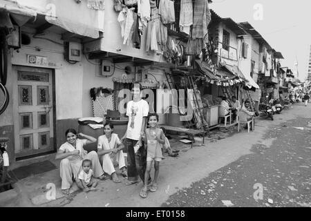 Dwellers in bhagatsingh nagar slum ; Wadala ; Bombay Mumbai ; Maharashtra ; India NO MR - Stock Photo