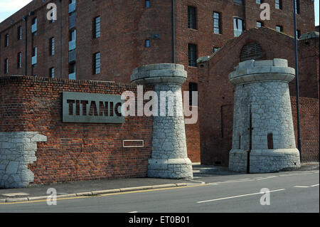 Titanic Hotel, Liverpool, England, UK. Part of the redevelopment of the historic Stanley Dock complex, this trendy, - Stock Photo