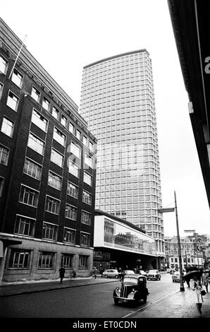 Centre Point, 101-103 New Oxford Street, Cambridge Circus, London, 4th May 1967. - Stock Photo