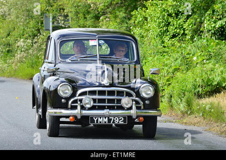 1953 Morris Oxford vintage black 4-door saloon on country road, Burnfoot, County Donegal, Ireland. - Stock Photo