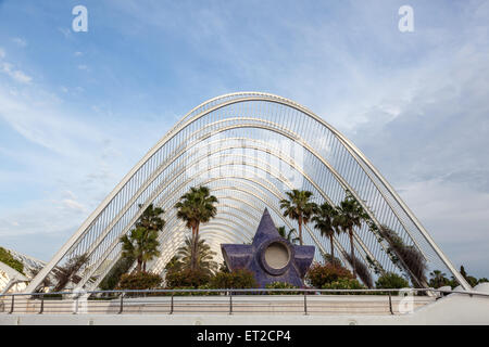 L'Umbracle - a landscaped walk in the City of Arts and Sciences in Valencia, Spain - Stock Photo