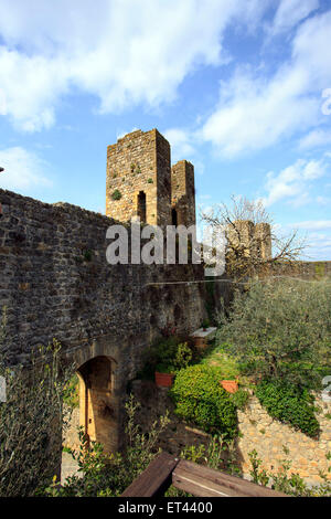 Monteriggioni view on fortifications from within the city - Stock Photo