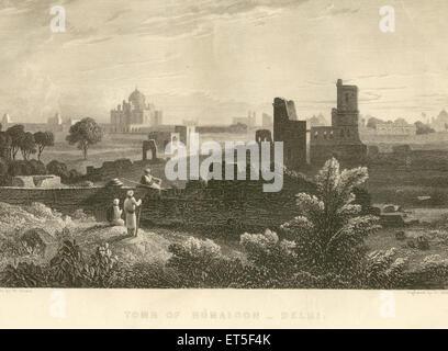 Military and munity mutiny views tomb of Humaioon Humayun ; Delhi ; India - Stock Photo