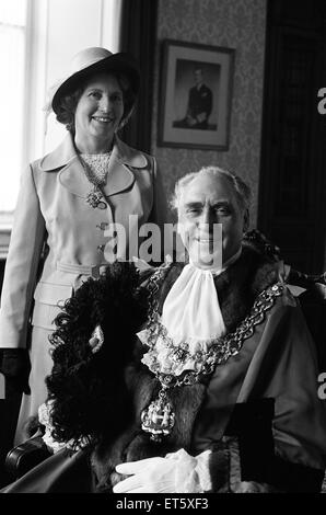 Councillor James Eames is elected Lord Mayor of Birmingham. Eames is a 57-year-old engine driver. 21st May 1974. - Stock Photo