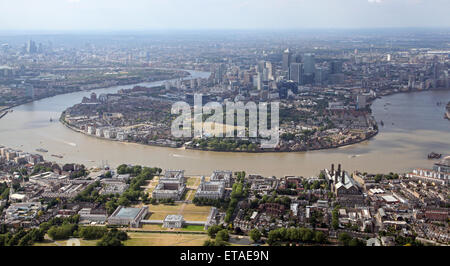 East End Isle Of Dogs With Canary Wharf In The
