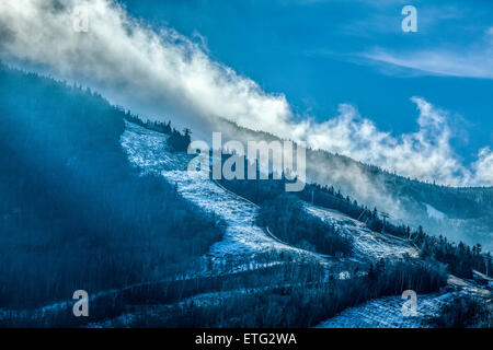 Early morning at Cannon Mountain Ski Area in White Mountain National Forest in New Hampshire, USA. - Stock Photo