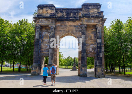 McLennan Arch designed by Robert Adam in 18th century, originally part of a mansion house, rebuilt on Glasgow Green - Stock Photo
