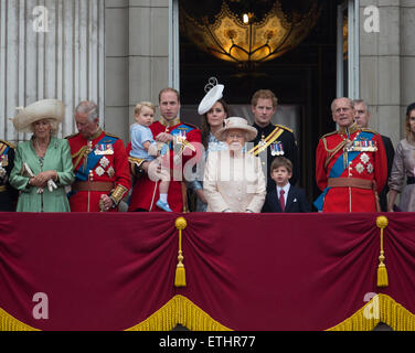 Prince George's first appearance on the balcony of Buckingham Palace with Queen Elizabeth and the British royal - Stock Photo