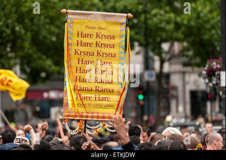London, UK. 14 June 2015. The procession arrives in Trafalgar Square, as thousands of people gathered in central - Stock Photo