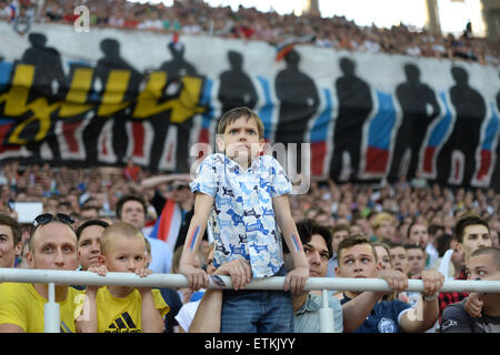 Moscow, Russia. 14th June, 2015. Fans of Russia watch the UEFA Euro 2016 qualifying soccer match between Russia - Stock Photo